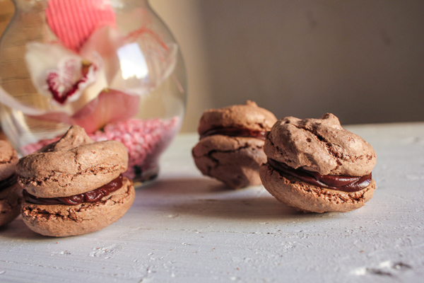 Chocolate coffee macarons