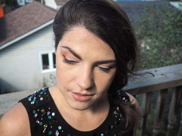 Transitioning from a day to night makeup look